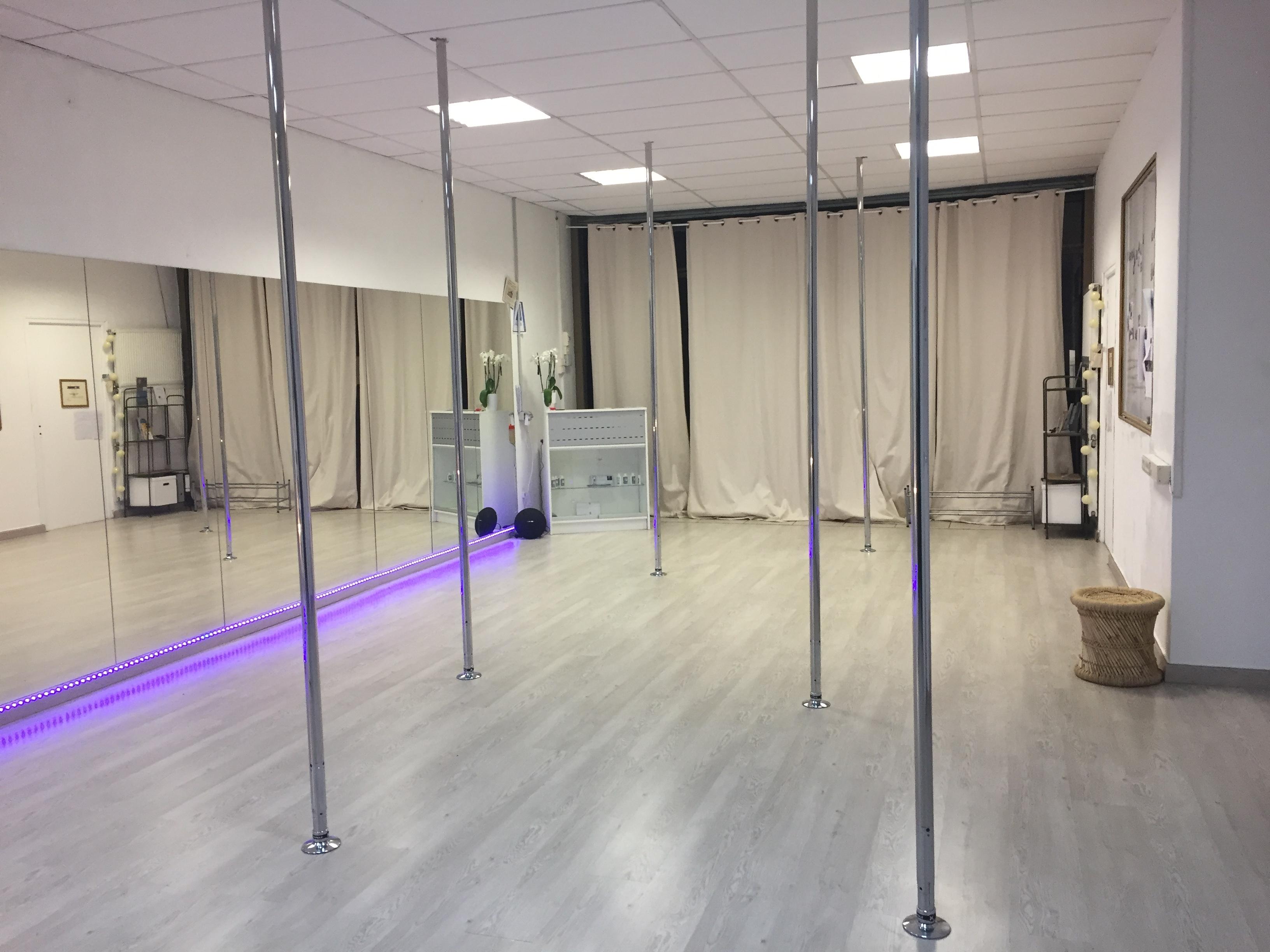 Salle de pole dance à Nîmes